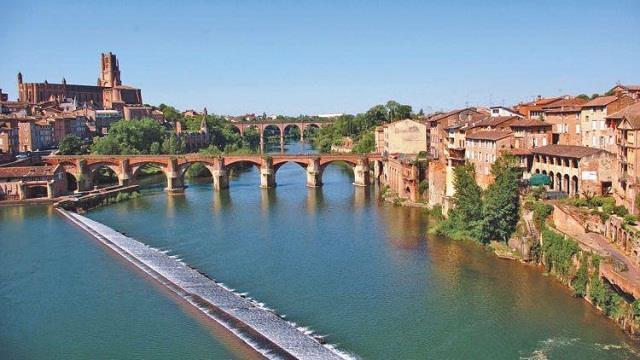 Vé máy bay đi Toulouse giá rẻ