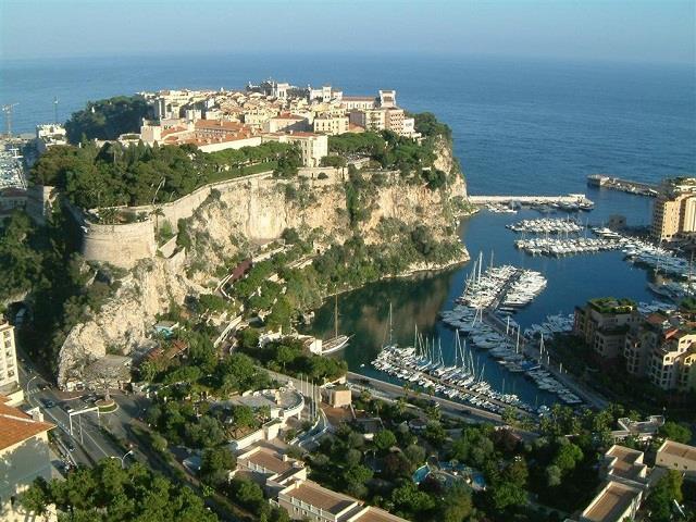 Vé máy bay đi Monte Carlo giá rẻ