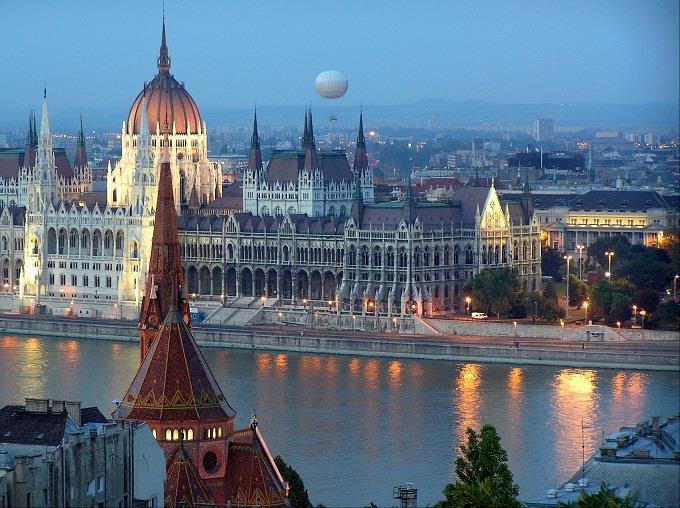 Vé máy bay đi Budapest
