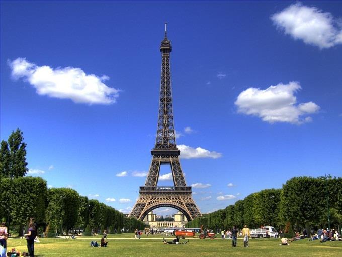 Khuyến mại vé đi Paris khứ hồi chỉ từ 450 USD