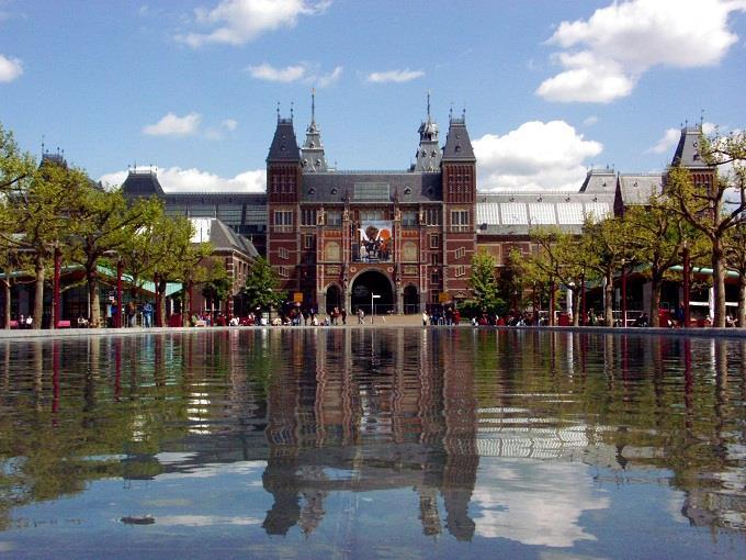 Vé máy bay đi Amsterdam giá rẻ