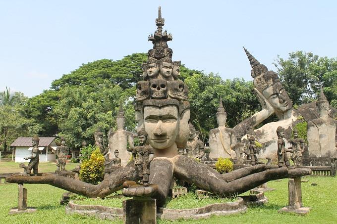 Khuyến mãi vé máy bay đi Vientiane khứ hồi chỉ 39 USD
