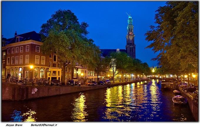 Vé máy bay đi Amsterdam từ Sài Gòn