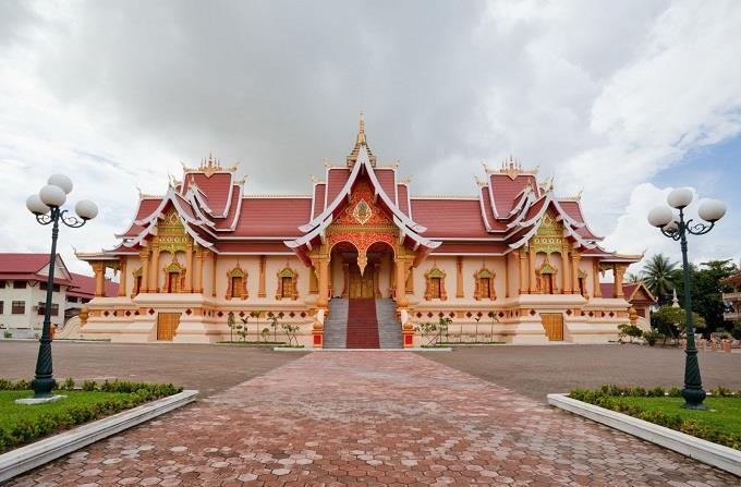 Vé máy bay đi Vientiane giá rẻ