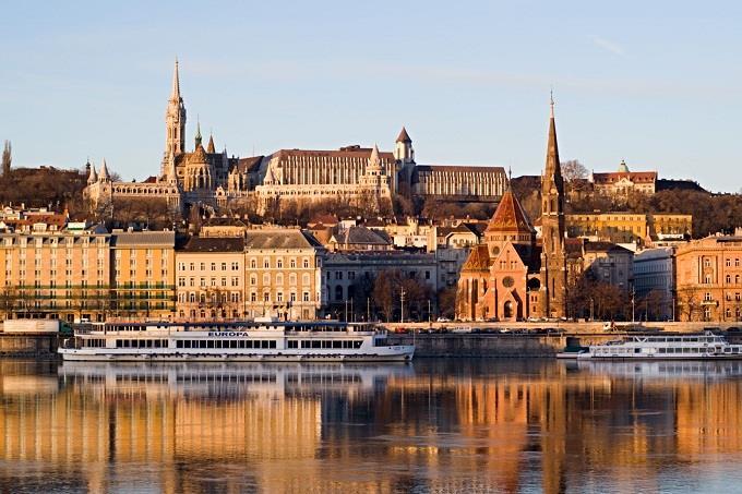Vé máy bay đi Budapest từ Hà Nội