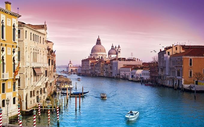 Vé máy bay đi Venice từ Hà Nội