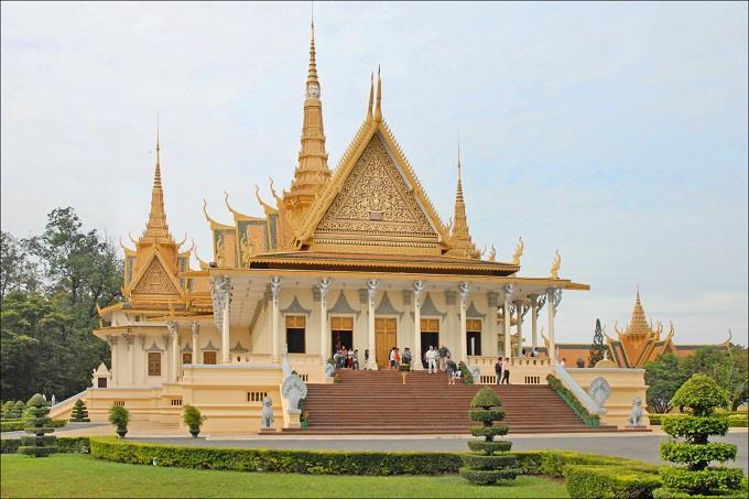 Vé máy bay giá rẻ đi Phnom Penh