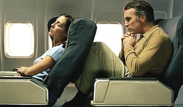 Lạm dụng việc ngả ghế tựa