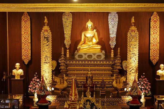 Vãn cảnh Chùa Phật Ngọc, Thái Lan