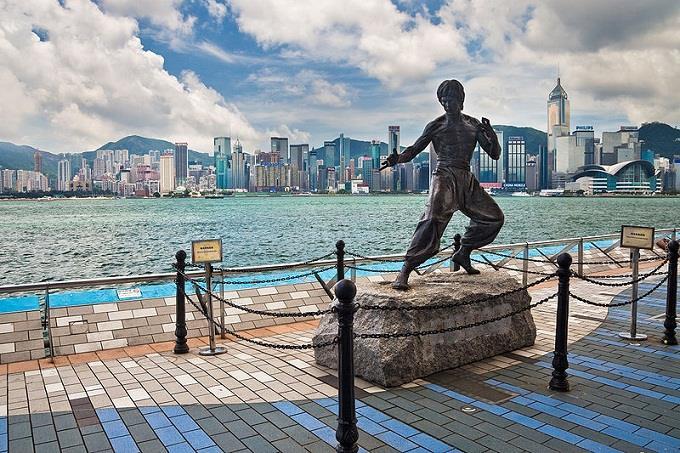 Tham quan đại lộ ngôi sao ở Hong Kong