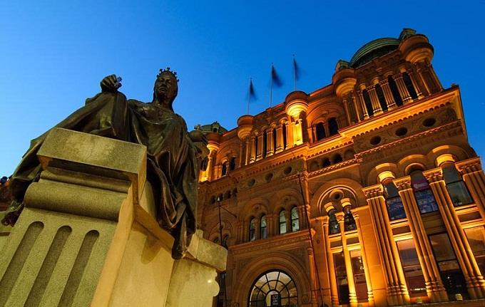 Tòa nhà Nữ Hoàng Victoria