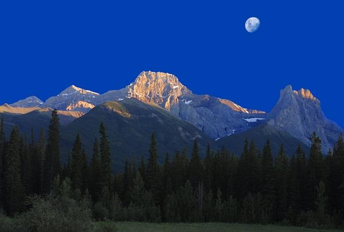 Dừng chân tại công viên núi Rocky, Canada