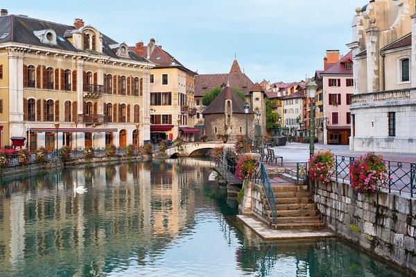 Những điểm du lịch tuyệt đẹp hấp dẫn của Pháp
