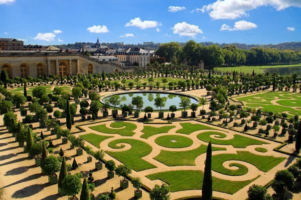 Những điểm du lịch nổi tiếng ở Paris