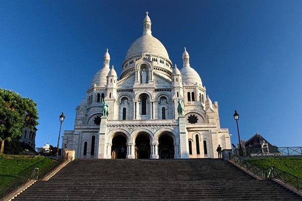Nhà thờ Sacre-Coeur, điểm du lịch nổi tiếng của Paris