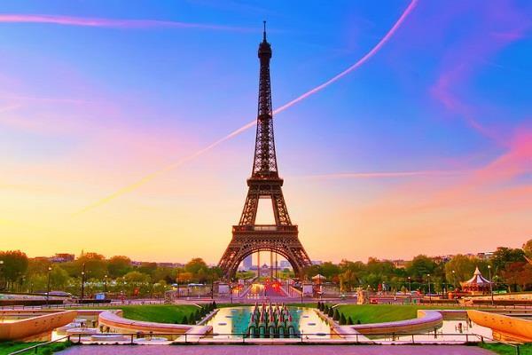 Pháp với những điểm du lịch hấp dẫn và nổi tiếng