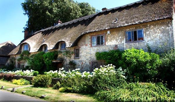 Những ngồi làng đẹp như trong cổ tích của nước Anh