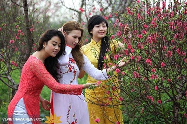 Vì sao nên đến Hà Nội dịp mùa xuân?