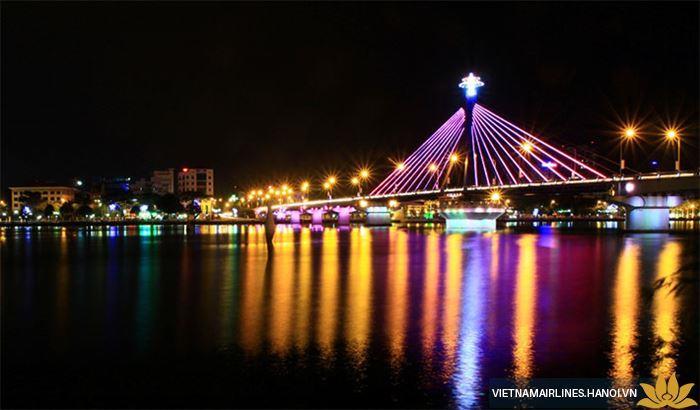 4 điểm vui chơi tại Đà Nẵng vào buổi tối dành cho khách du lịch