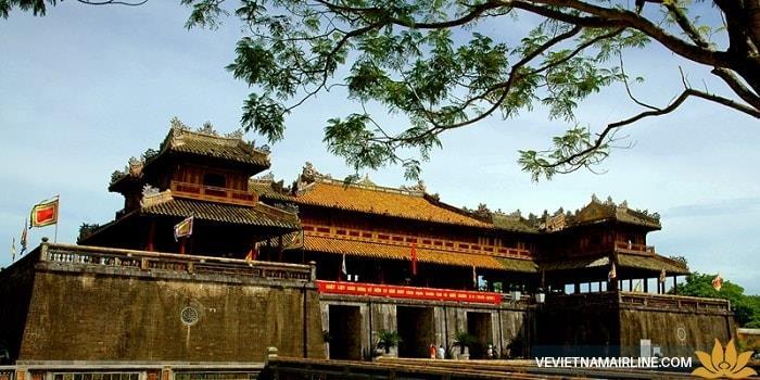 Những địa điểm du lịch bạn nên đến Huế dịp Tết