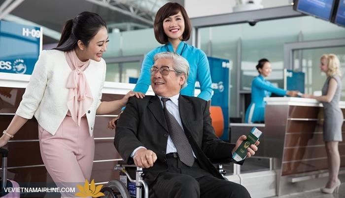 Hỗ trợ hành khách đặc biệt với các dịch vụ ưu tiên cùng Vietnam Airlines
