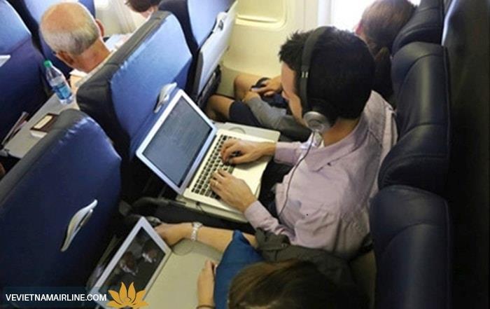 Quy định mang theo thiết bị điện tử trên chuyến bay Vietnam Airlines