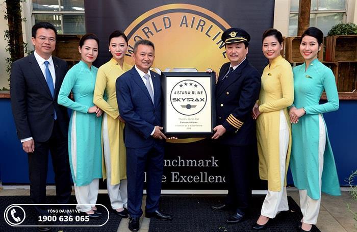 Vietnam Airlines vinh dự nhận chứng chỉ hãng hàng không quốc tế 4 sao
