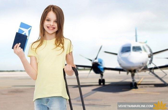 Thông tin về dịch vụ vận chuyển trẻ em đi một mình của Vietnam Airlines