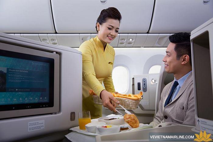 Các dịch vụ miễn phí được cung cấp trên máy bay Vietnam Airlines