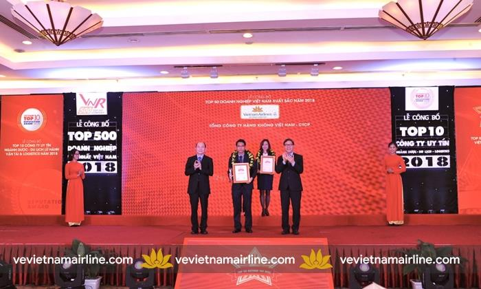Vietnam Airlines áp dụng thu phụ phí xuất vé cuối tuần