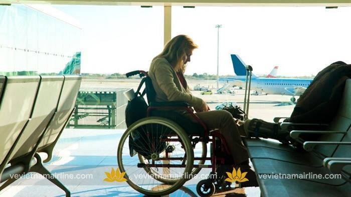 Dịch vụ hỗ trợ hành khách hạn chế khả năng di chuyển Vietnam Airlines